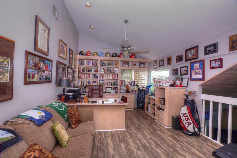 Additional photo for property listing at 6323 SE Farmington Place 6323 SE Farmington Place Stuart, Florida 34997 United States