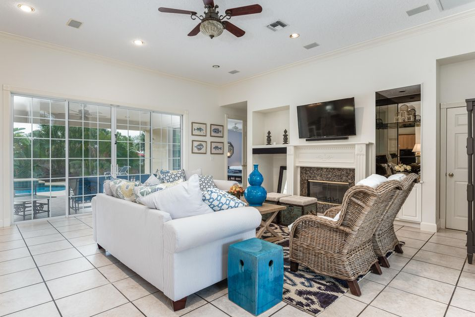 Additional photo for property listing at 3756 SE Bent Banyan Way 3756 SE Bent Banyan Way Stuart, Florida 34997 United States