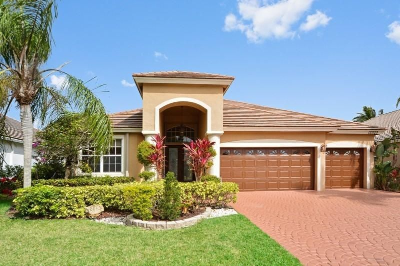 12323 Riverfalls Court - Boca Raton, Florida