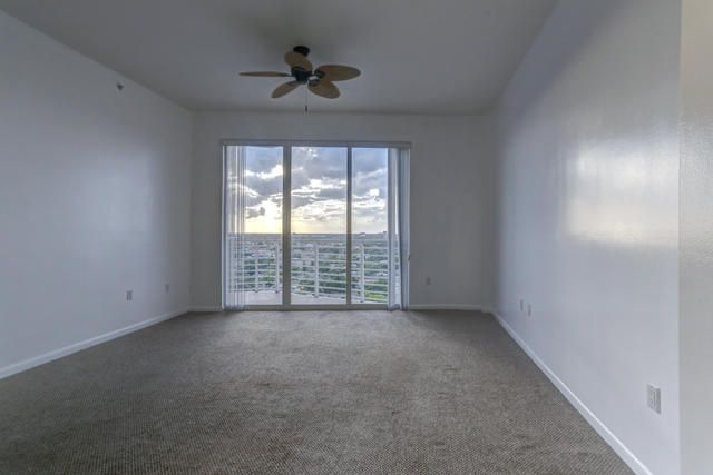 1551 N Flagler Drive Lph09 West Palm Beach, FL 33401 photo 4