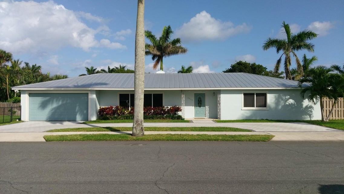 Single Family Home for Rent at 4300 Washington Road 4300 Washington Road West Palm Beach, Florida 33405 United States