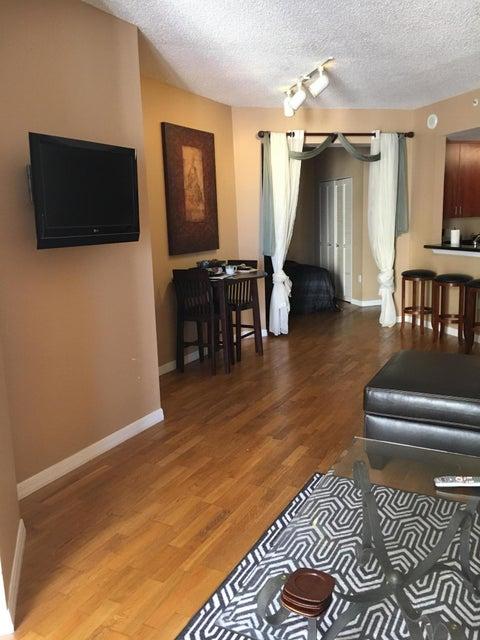 Additional photo for property listing at 255 Evernia Street 255 Evernia Street 西棕榈滩, 佛罗里达州 33401 美国