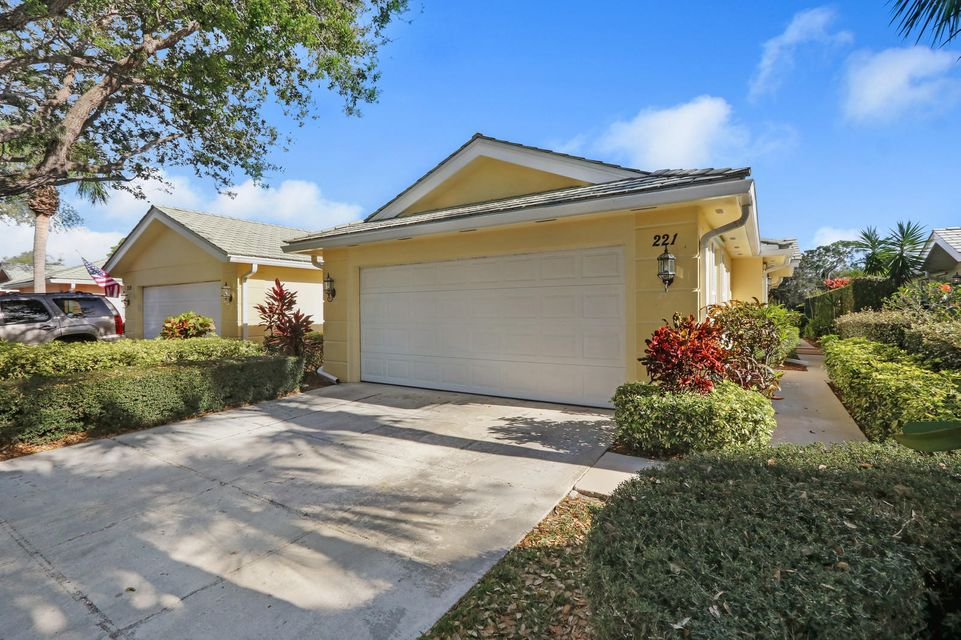 221 Brier Circle , Jupiter FL 33458 is listed for sale as MLS Listing RX-10409745 25 photos