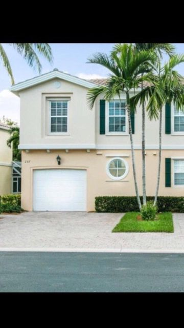 Townhouse for Rent at 237 Fortuna Drive 237 Fortuna Drive Palm Beach Gardens, Florida 33410 United States