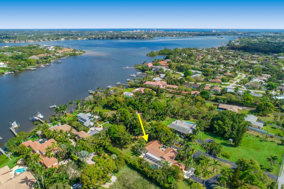 LOXAHATCHEE RIVER REAL ESTATE