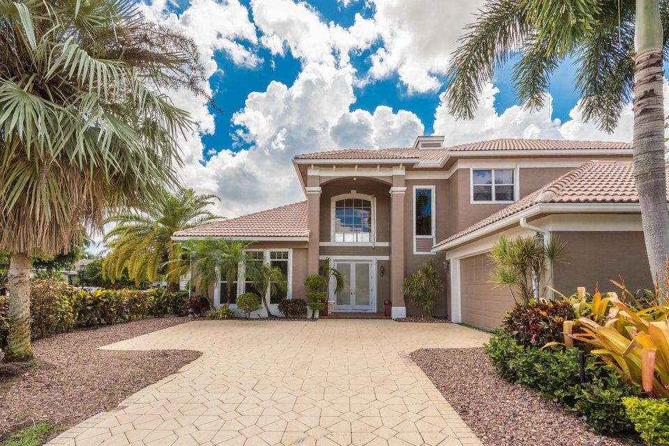 125 Pembroke Drive  Palm Beach Gardens FL 33418