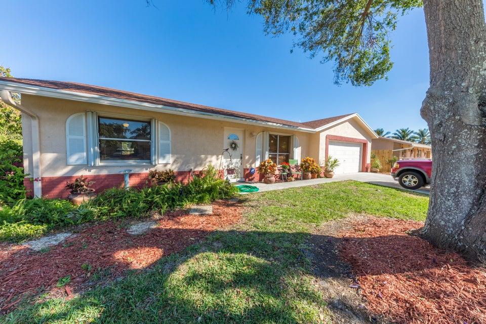 4766 Poseidon Place Lake Worth, FL 33463 photo 1