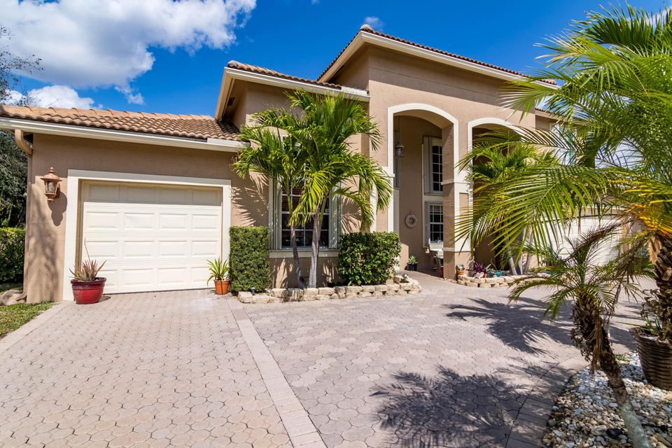 1532 Stonehaven Estates Drive West Palm Beach, FL 33411 photo 2