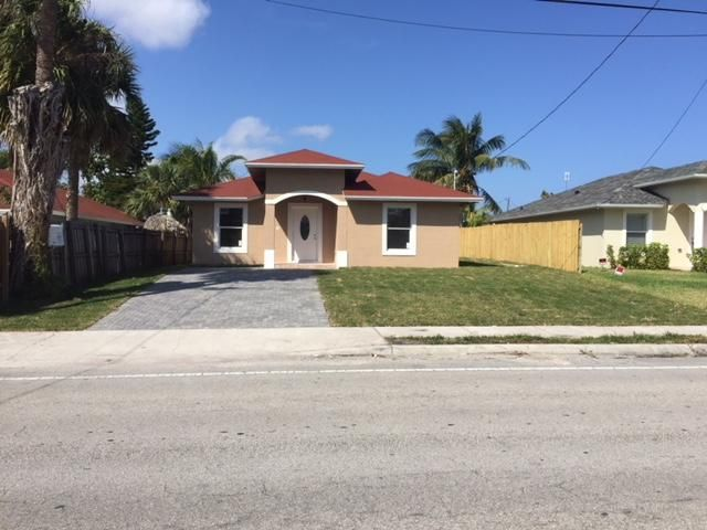 Single Family Home for Sale at 2571 Summit Boulevard 2571 Summit Boulevard West Palm Beach, Florida 33406 United States