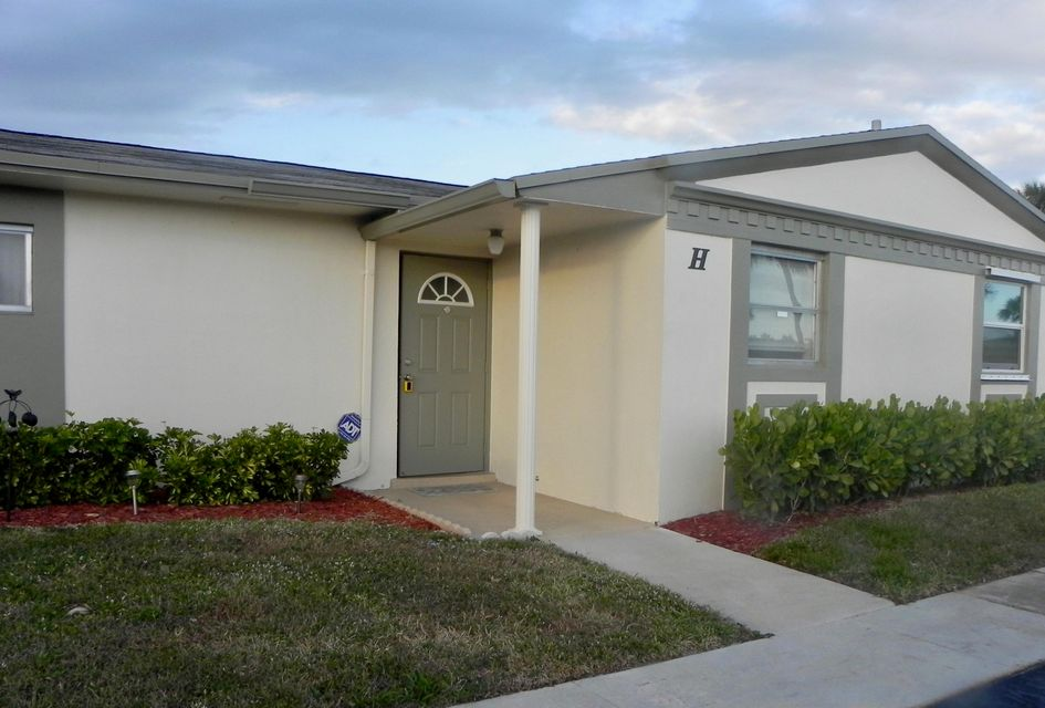 Home for sale in Cresthaven Villa-crosley W West Palm Beach Florida