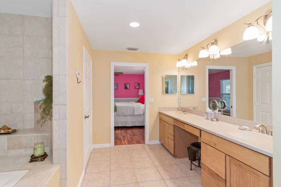 PORT ST LUCIE-SECTION 18- BLK 792 LOT 14 (MAP 44/10S) (OR 3523-2424)