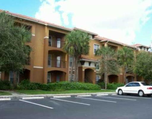 Condominium for Rent at 5032 Lantana Road # 2305 5032 Lantana Road # 2305 Lake Worth, Florida 33463 United States