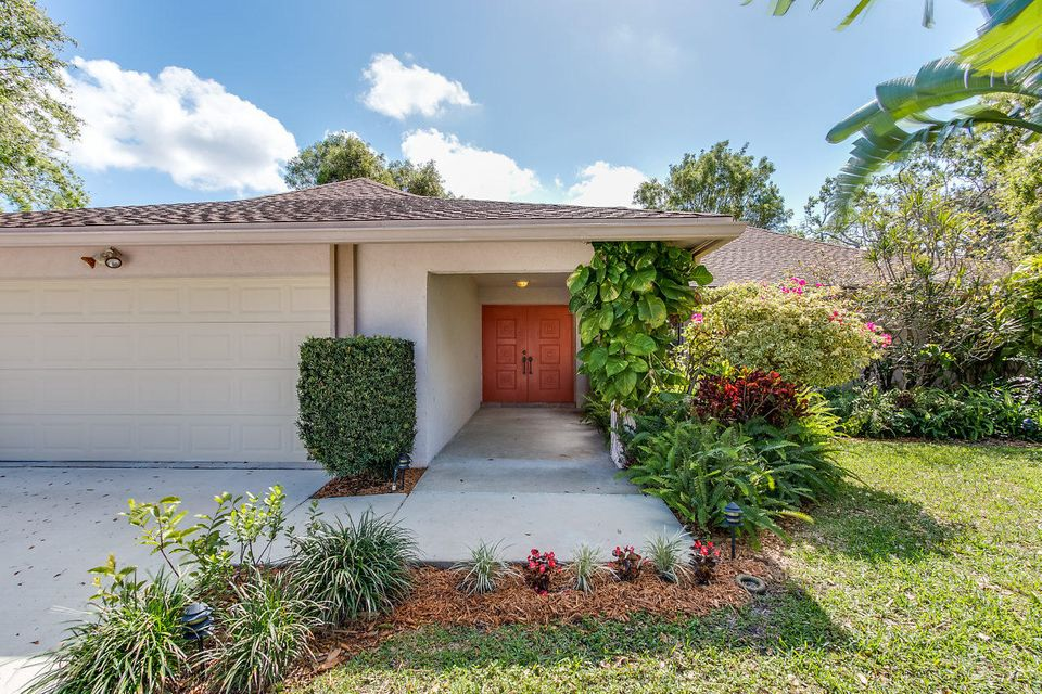 1750 The 12th Fairway  Wellington, FL 33414