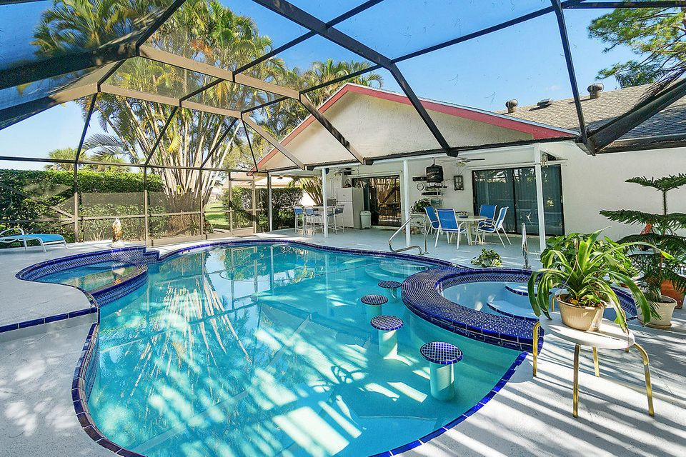 150 Parkwood Drive  Royal Palm Beach, FL 33411