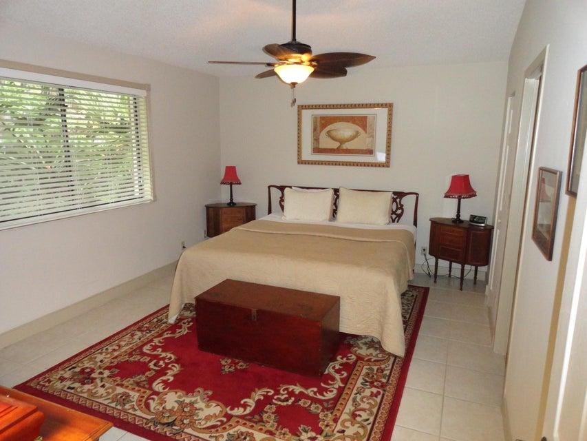 Photo of  Palm Beach Gardens, FL 33418 MLS RX-10398640