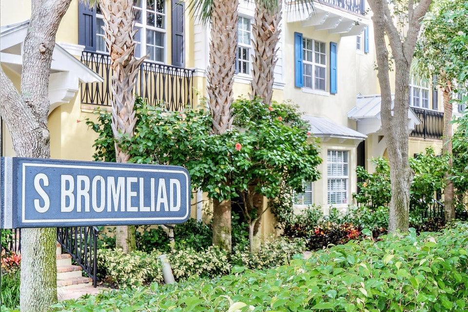 345 S Bromeliad  West Palm Beach, FL 33401