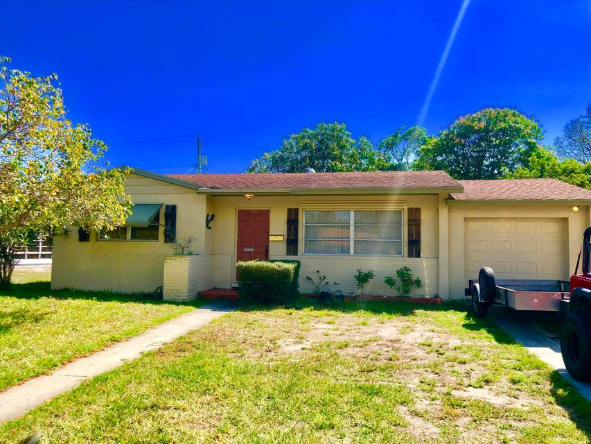 714 W Ilex Drive  West Palm Beach, FL 33403