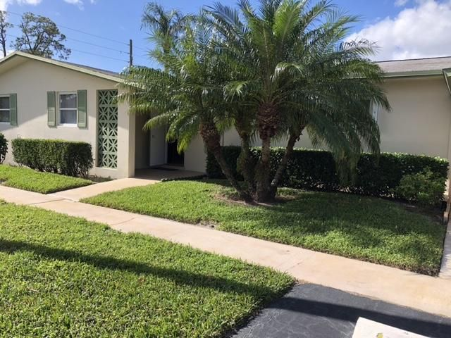 2960 Crosley Drive I , West Palm Beach FL 33415 is listed for sale as MLS Listing RX-10410167 19 photos