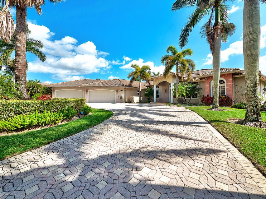 Single Family Home for Sale at 10180 Calumet Court 10180 Calumet Court Lake Worth, Florida 33467 United States