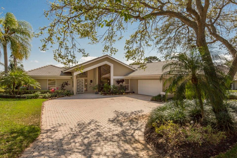 Single Family Home for Sale at 5864 SE Glen Eagle Way 5864 SE Glen Eagle Way Stuart, Florida 34997 United States