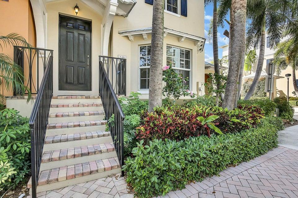 349 E Mallory Circle  Delray Beach FL 33483