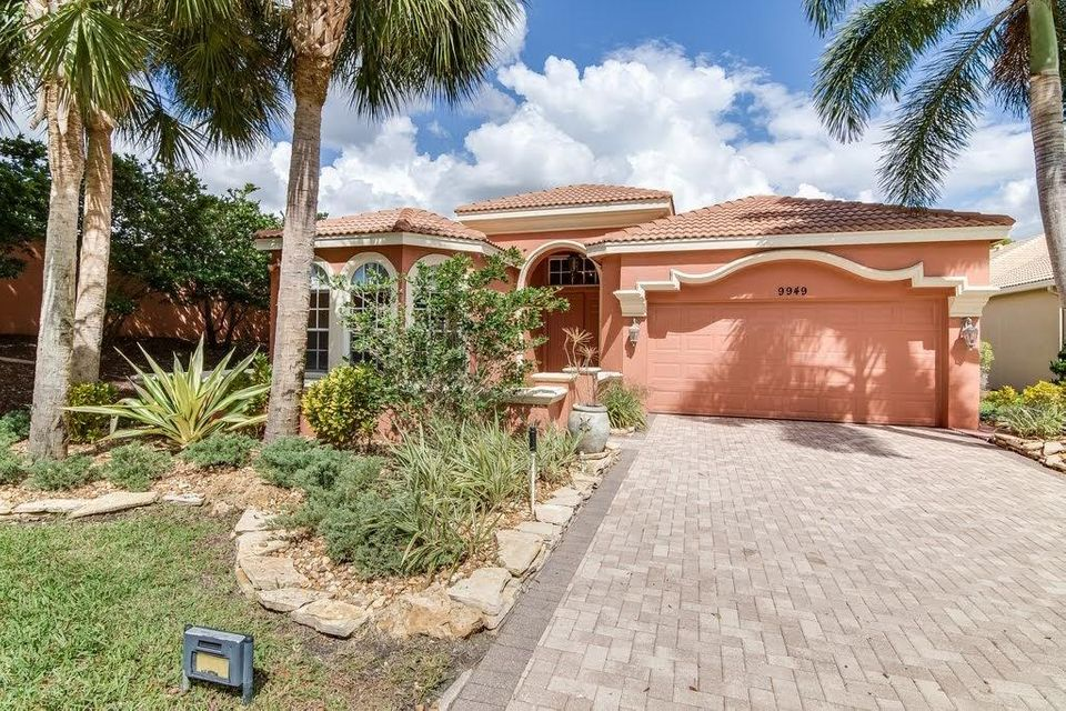 9949 Via Elegante Wellington, FL 33414 photo 2