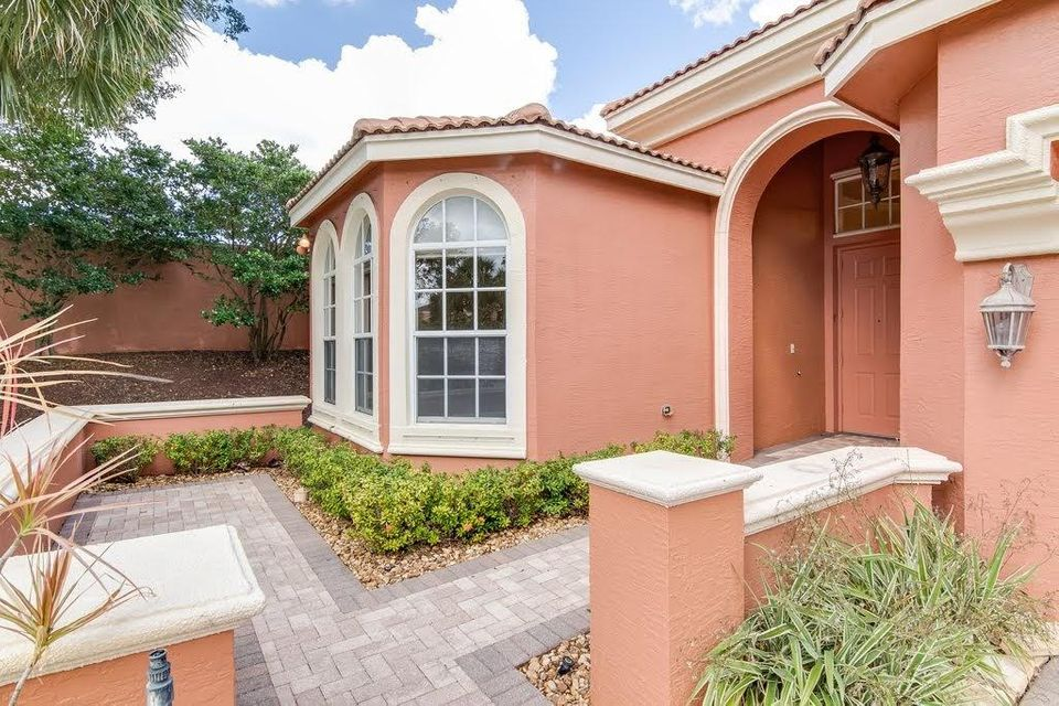 9949 Via Elegante Wellington, FL 33414 photo 4