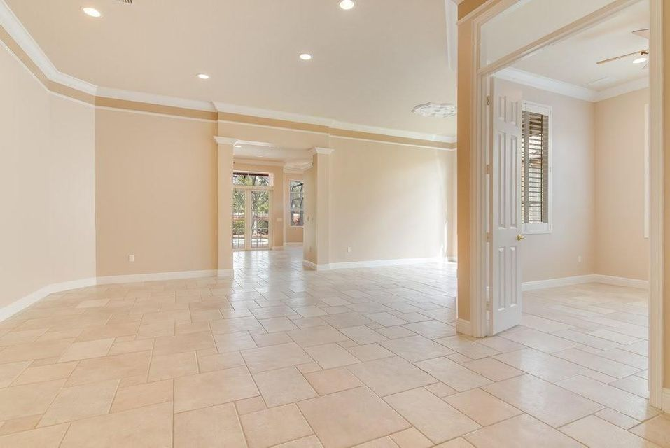 9949 Via Elegante Wellington, FL 33414 photo 7