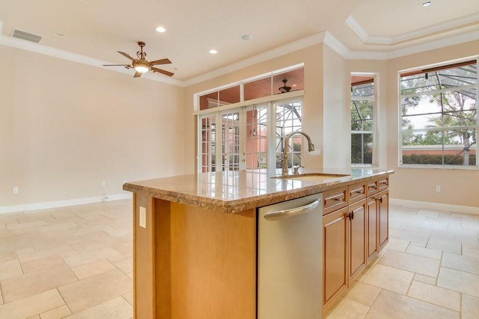 9949 Via Elegante Wellington, FL 33414 photo 18