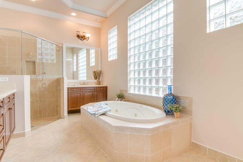 9949 Via Elegante Wellington, FL 33414 photo 21