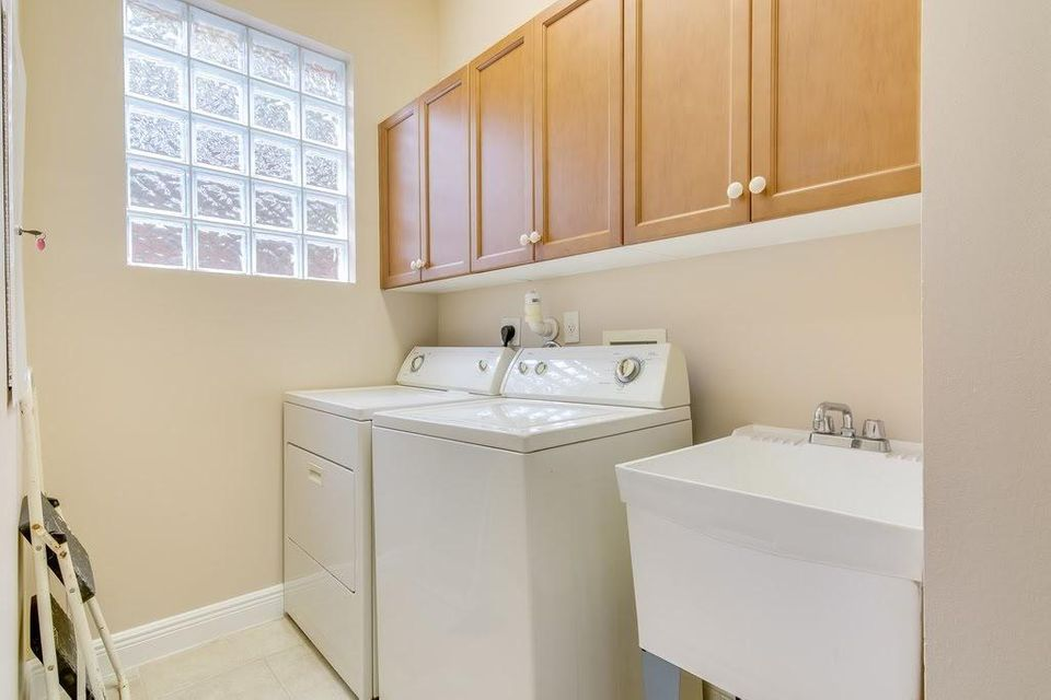 9949 Via Elegante Wellington, FL 33414 photo 25