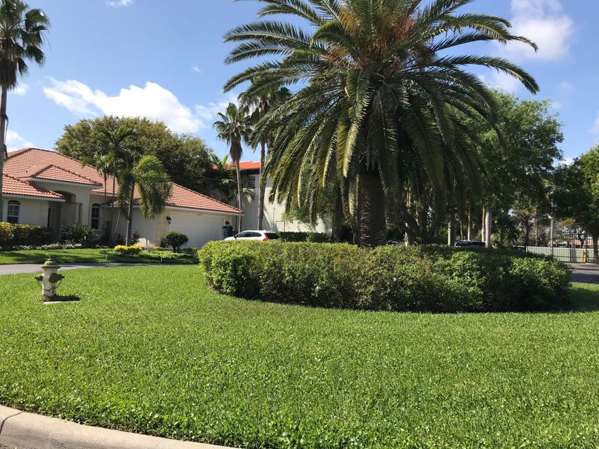 WATERS EDGE TEQUESTA REAL ESTATE