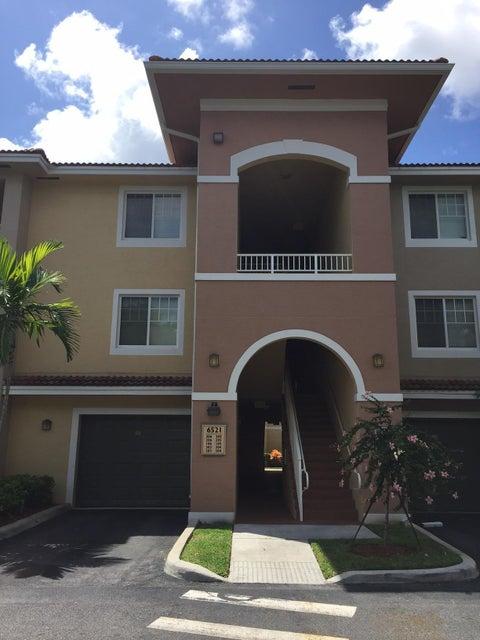 Condominium for Rent at 6521 Emerald Dunes Drive # 206 6521 Emerald Dunes Drive # 206 West Palm Beach, Florida 33411 United States