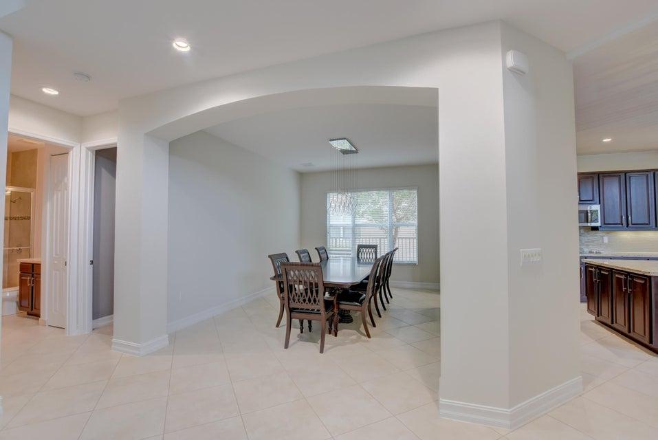 8139 Viadana Bay Avenue Boynton Beach, FL 33473 - photo 10