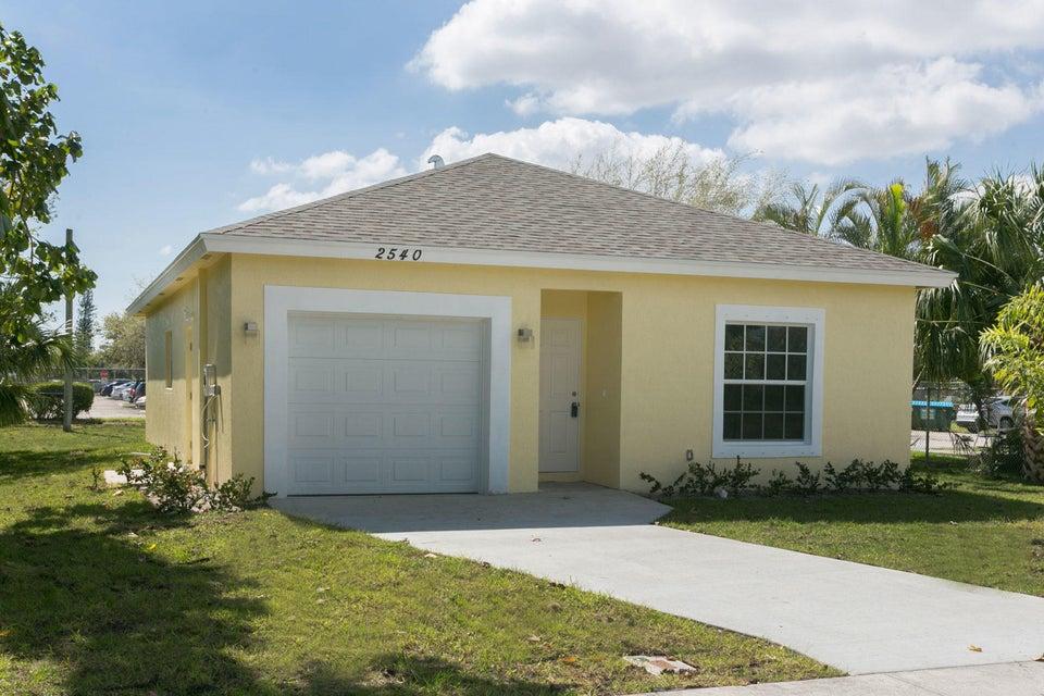 2540 Hiawatha Avenue  West Palm Beach FL 33409