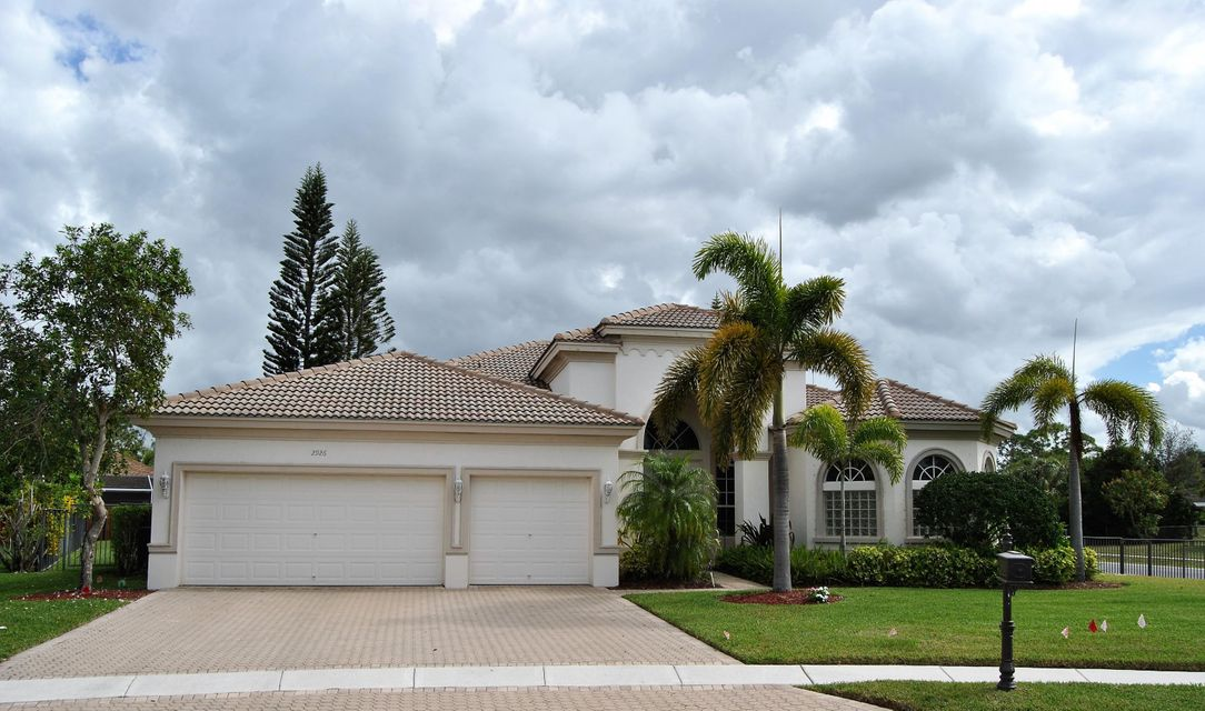 Single Family Home for Rent at 2926 E Fontana Court 2926 E Fontana Court Royal Palm Beach, Florida 33411 United States