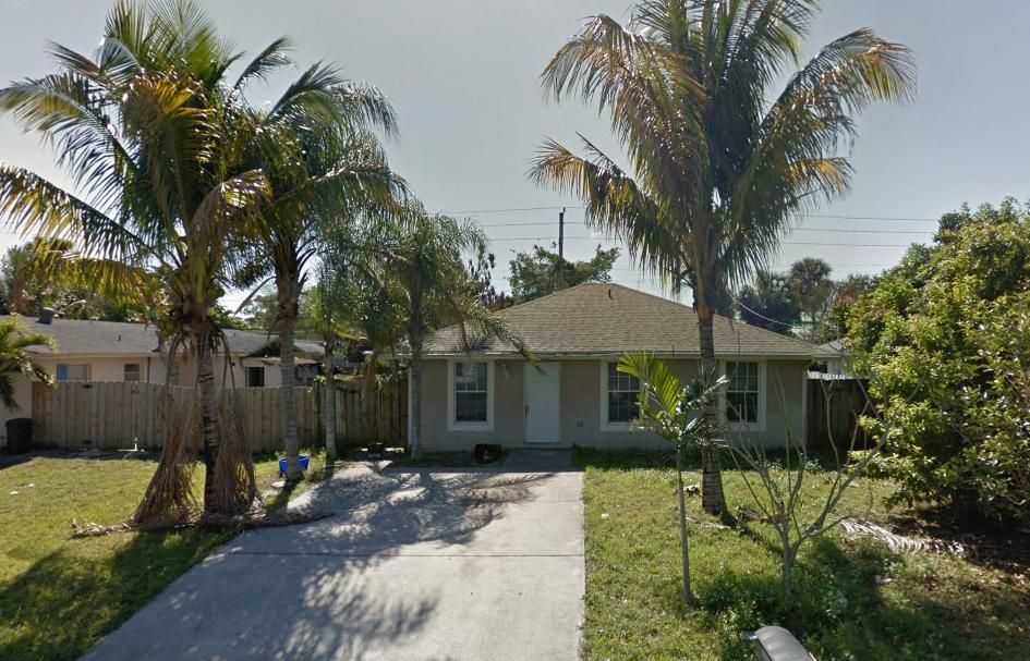 Home for sale in HAVERHILL HOMESITES West Palm Beach Florida