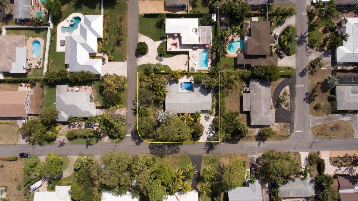 606 Sunset Road - Boynton Beach, Florida