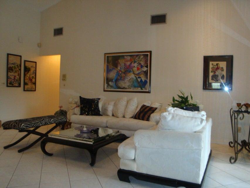 175 Miramar Avenue Royal Palm Beach, FL 33411 photo 15
