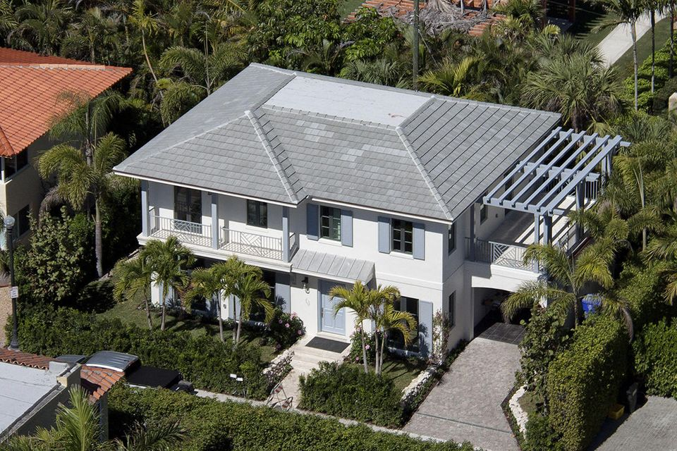 Single Family Home for Sale at 221 Oleander Avenue 221 Oleander Avenue Palm Beach, Florida 33480 United States