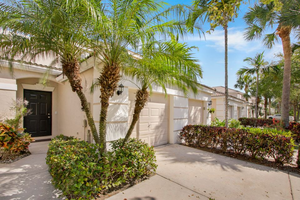 4587 Palmbrooke Circle  West Palm Beach, FL 33417
