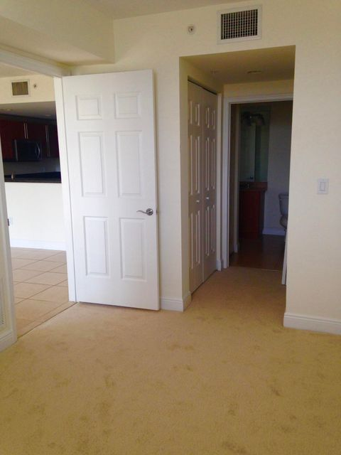 Additional photo for property listing at 610 Clematis Street 610 Clematis Street West Palm Beach, Florida 33401 Vereinigte Staaten