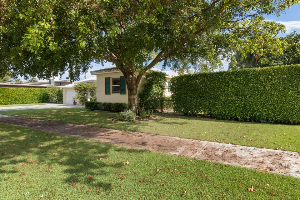 Additional photo for property listing at 4 Harvard Drive 4 Harvard Drive Lake Worth, Florida 33460 United States
