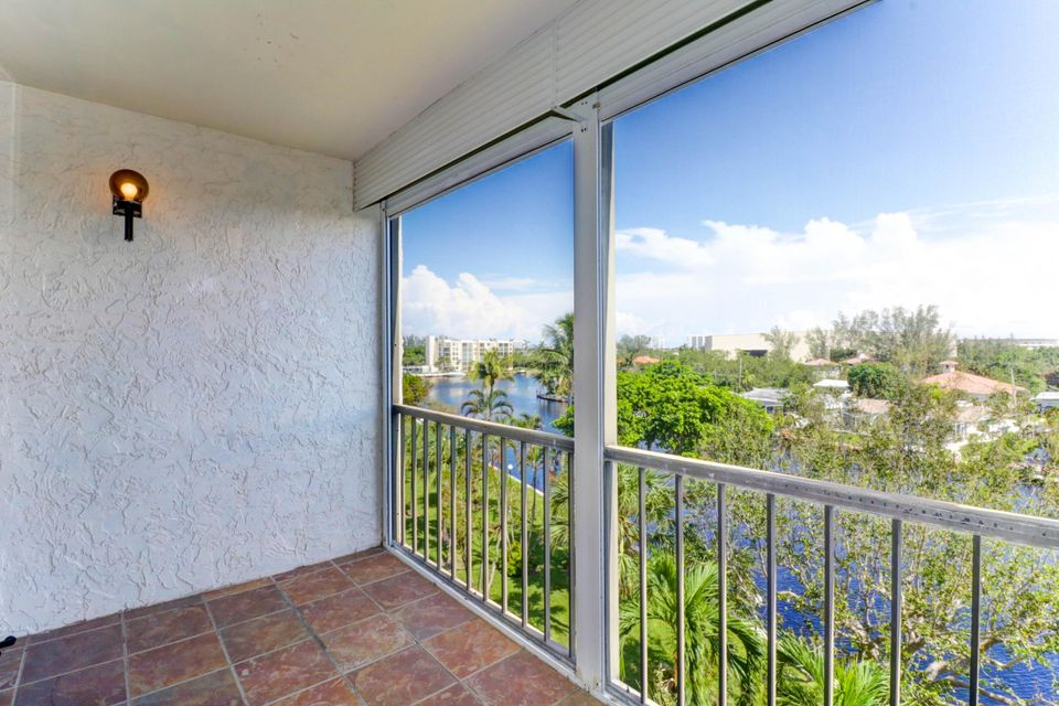 Co-op / Condominio por un Venta en 14 Royal Palm Way 14 Royal Palm Way Boca Raton, Florida 33432 Estados Unidos