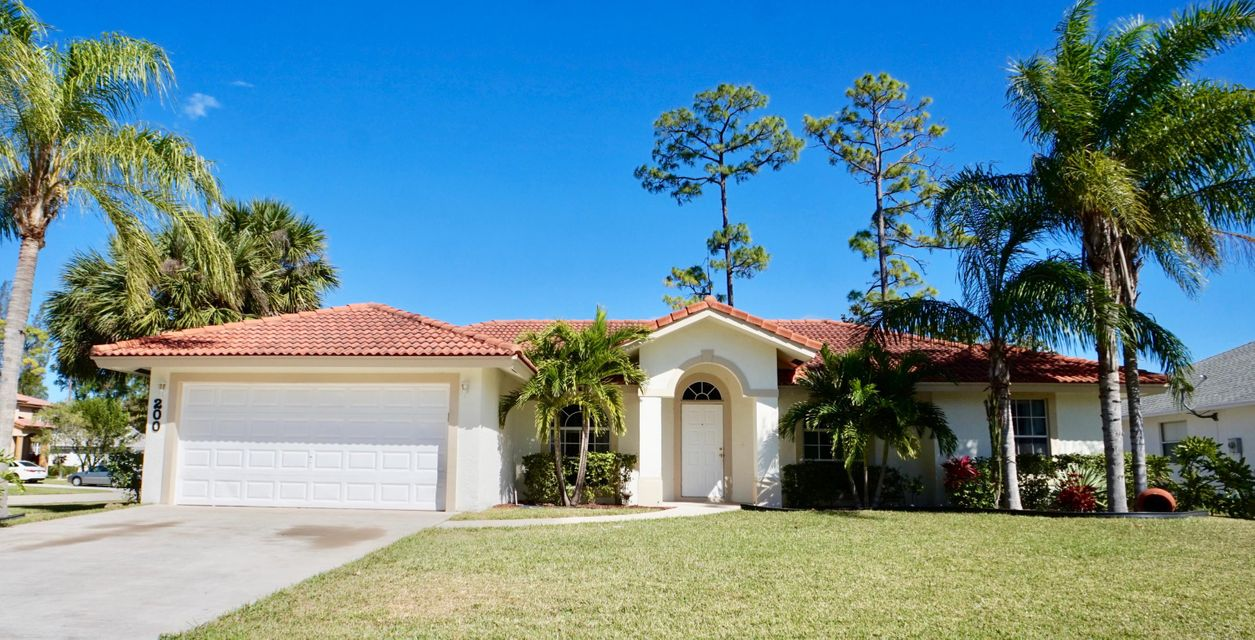 Single Family Home for Sale at 200 Park Rd 200 Park Rd Royal Palm Beach, Florida 33411 United States