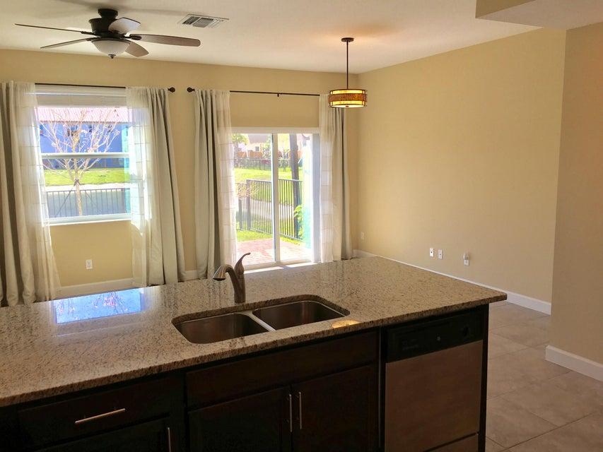 5312 Ellery Terrace West Palm Beach, FL 33417 photo 7