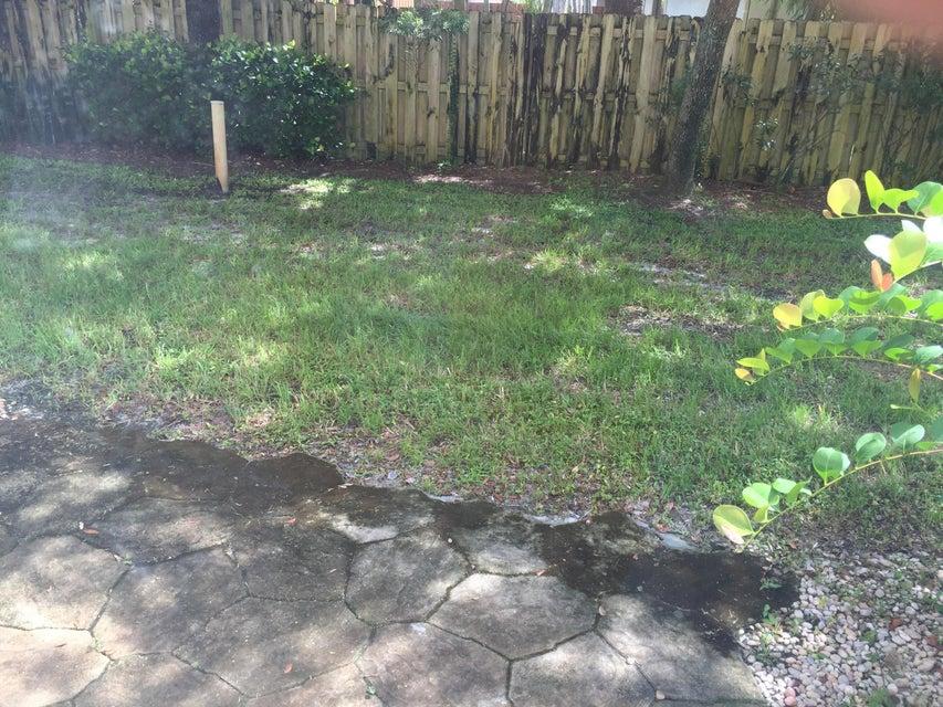 13390 Georgian Court Wellington, FL 33414 photo 21