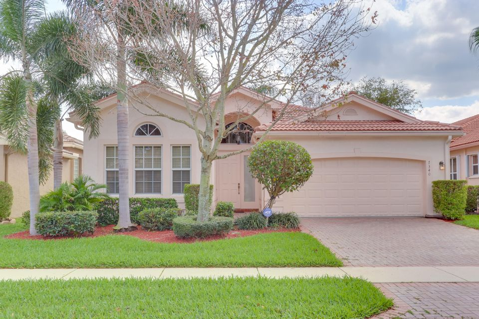 7340 Maple Ridge Trail  Boynton Beach FL 33437