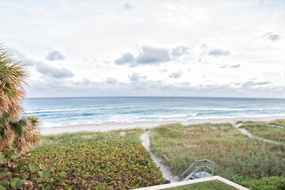 Home for sale in COSTA DEL REY CONDO Delray Beach Florida