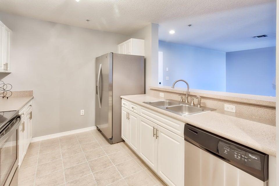 1203 Town Center Drive 425,Jupiter,Florida 33458,2 Bedrooms Bedrooms,1 BathroomBathrooms,A,Town Center,RX-10409233